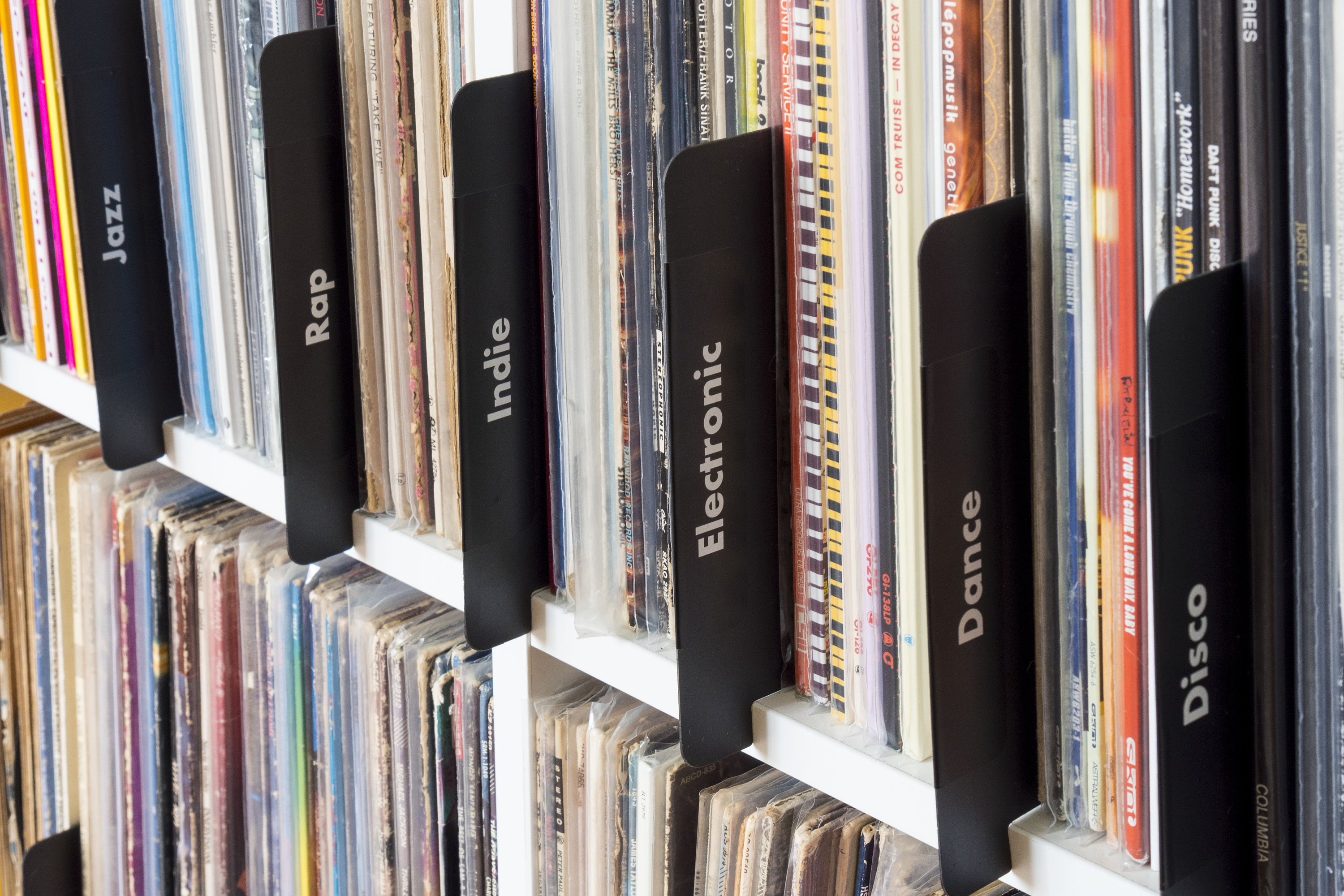 Vinyl Records with tags or an organized site structure?